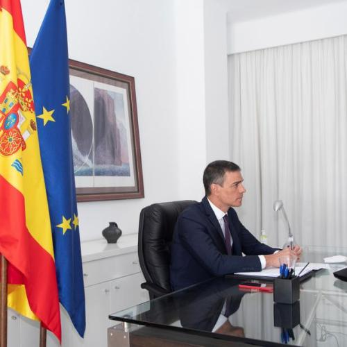 Spanish foreign minister goes, economy minister stays in cabinet reshuffle