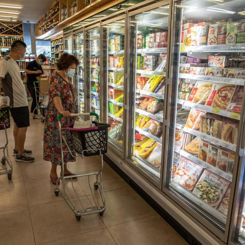 WHO downplays infection risk in frozen food imports