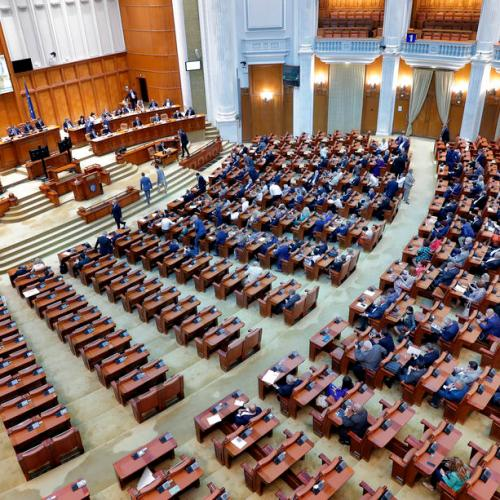 Romania's minority government survives no-confidence motion