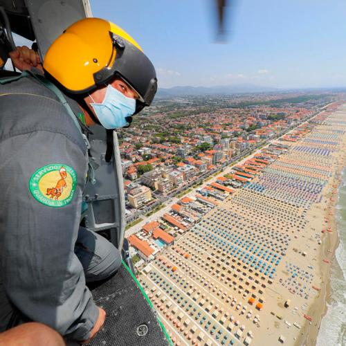 Photo Story: Italy's Guardia di Finanza controls beaches by helicopter