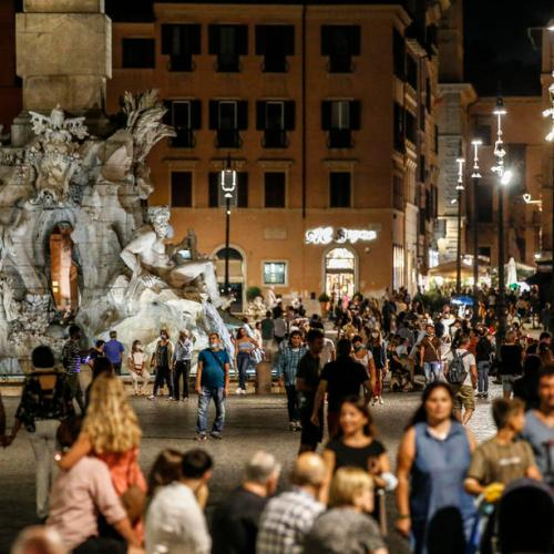 Italy registers 10 more deaths while new cases increase by 1,370