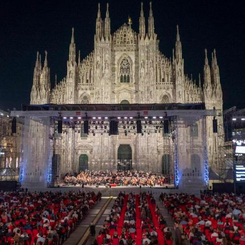 Photo Story: Scala Philharmonic gives concert in Piazza del Duomo in Milan