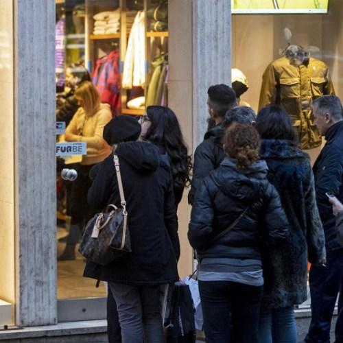 Italian retail sales drop by 2.2% in July