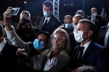 Form government without delay, France tells Lebanese politicians