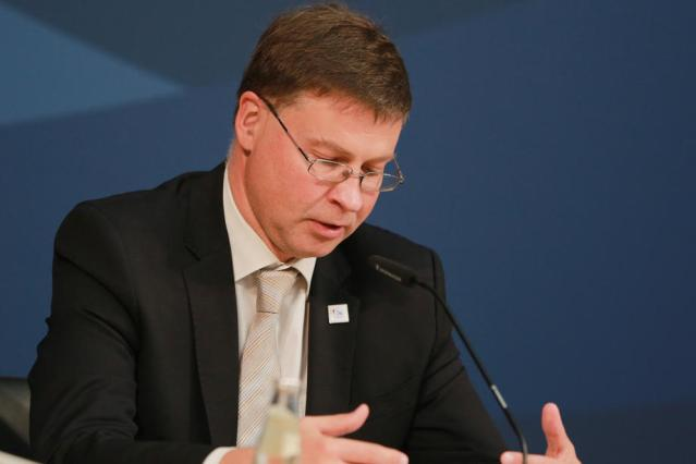No deal Brexit not appealing, but not excluded – Dombrovskis