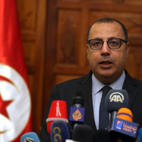 Tunisia government to pump $1.5 billion into state firms, agrees to raise wages