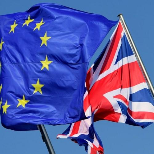 Britain, EU agree to pursue mini-deals if talks fail next week