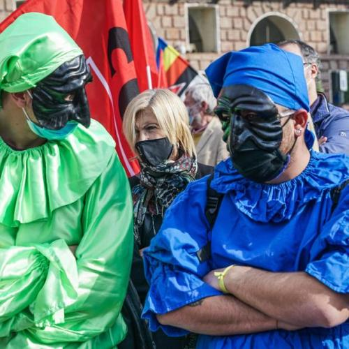 Photo Story: Culture industry workers in Italy protest against anti-coronavirus measures