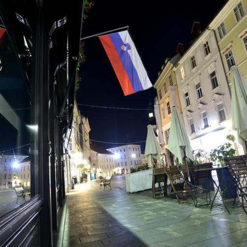 Croatia, Slovenia toughen anti-coronavirus measures