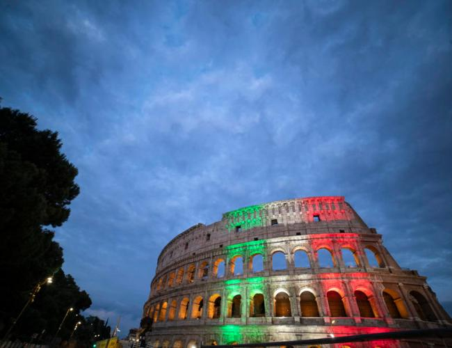 Italy August jobless rate edges down to 9.7% as labour market recovers from Covid lockdown