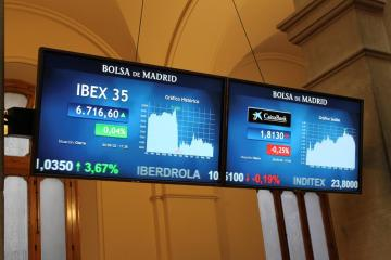European stocks reach record levels as global recovery optimism improves