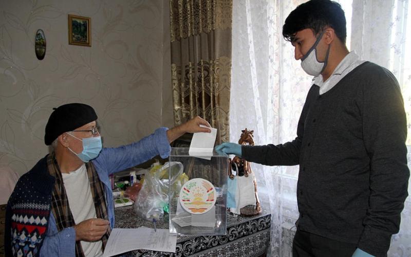 Tajik leader Rakhmon secures re-election