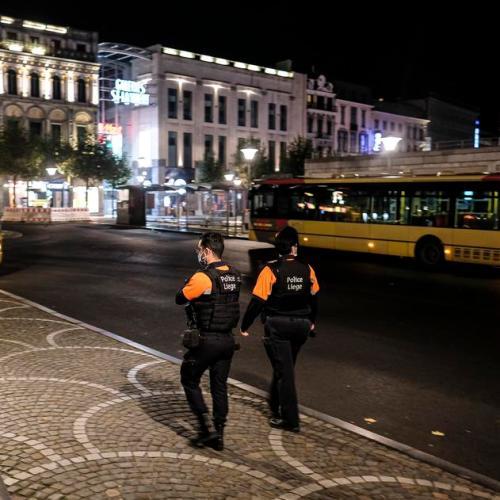 Brussels edges towards lockdown
