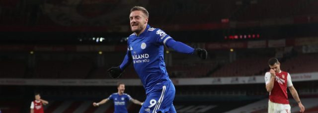 Jamie Vardy secures win for Leicester at Arsenal