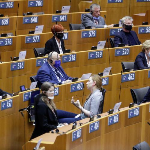 COVID-19: MEPs to quiz CEOs of vaccine companies