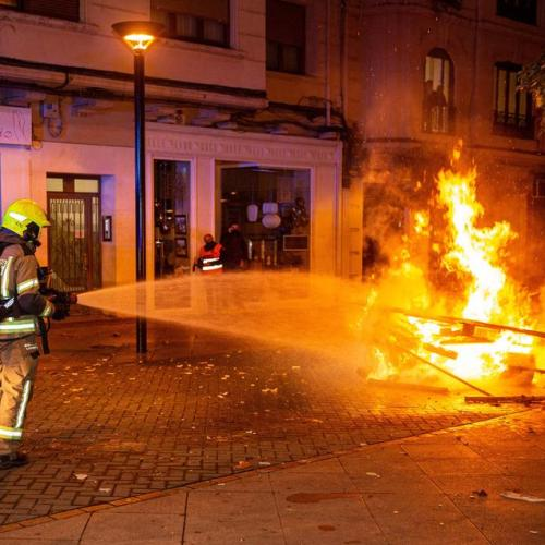 Violent protests in Spain against COVID-19 restrictions