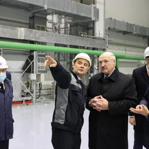 Belarus' Lukashenko inaugurates nuclear power plant amid safety concerns