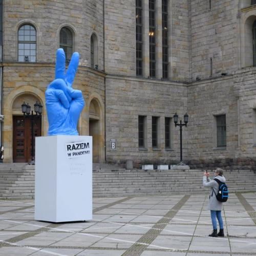 Photo Story: Motivating sculpture in Poznan