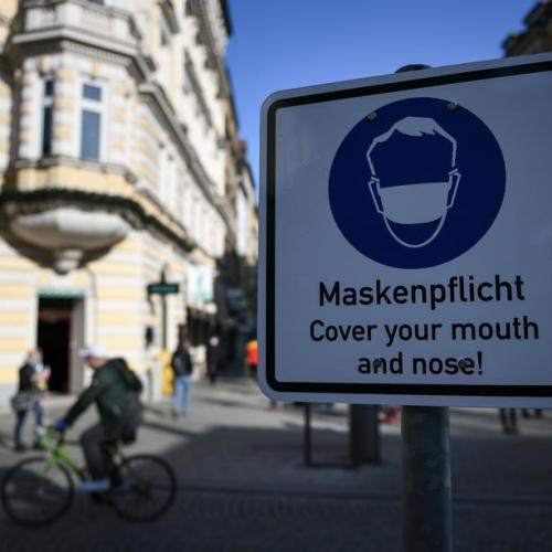 Merkel, German states consider tougher COVID-measures
