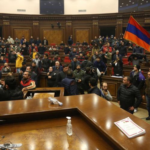 Russia brokers Armenia-Azerbaijan ceasefire