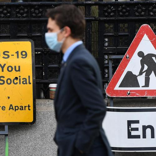1 in 7 UK companies say at risk of collapse, ONS survey shows