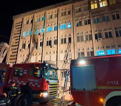 Fire kills 10 at Romanian COVID-19 hospital