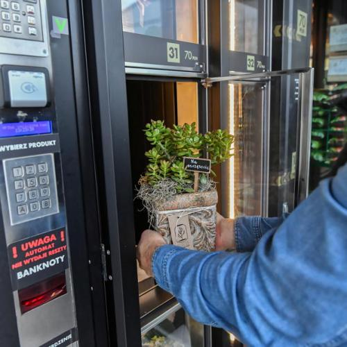 Photo Story: Flower vending machine in Warsaw