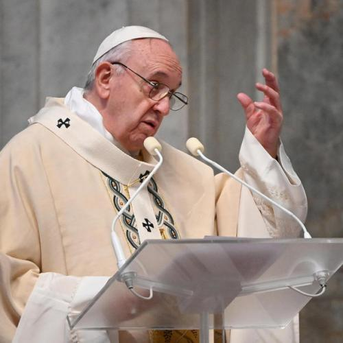 Let us not give up on great dreams – Pope to youths