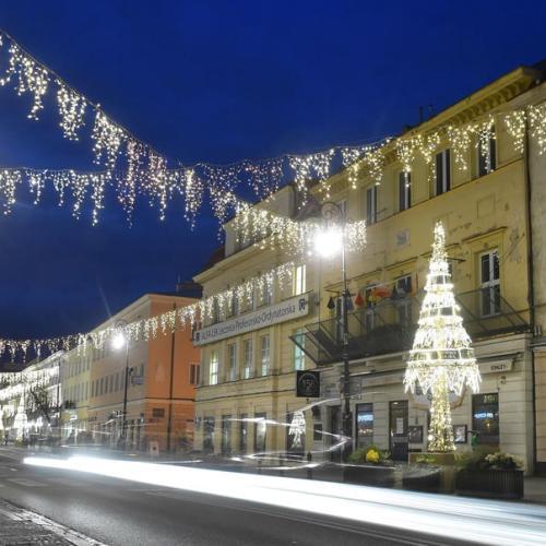 Photo Story: Christmas illumination in the Royal Treaty Street in Warsaw