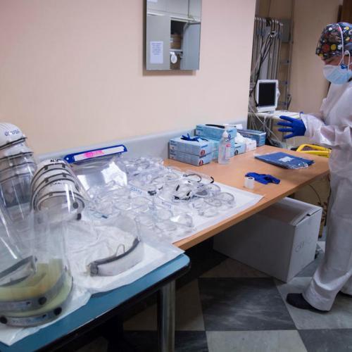 Italy reports 377 coronavirus deaths, 8,824 new cases
