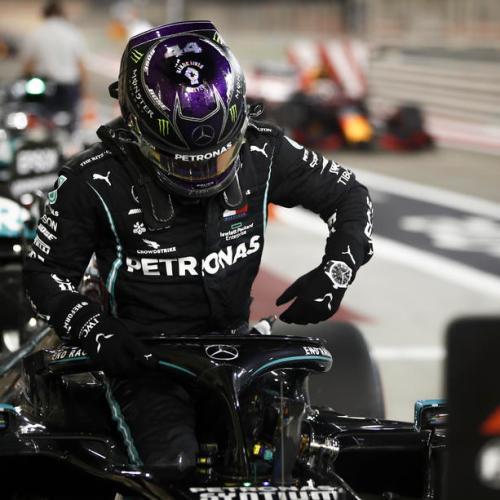 Lewis Hamilton takes 98th career pole position