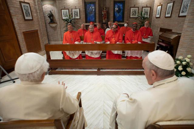 One Photo – 13 Cardinals and 2 Popes