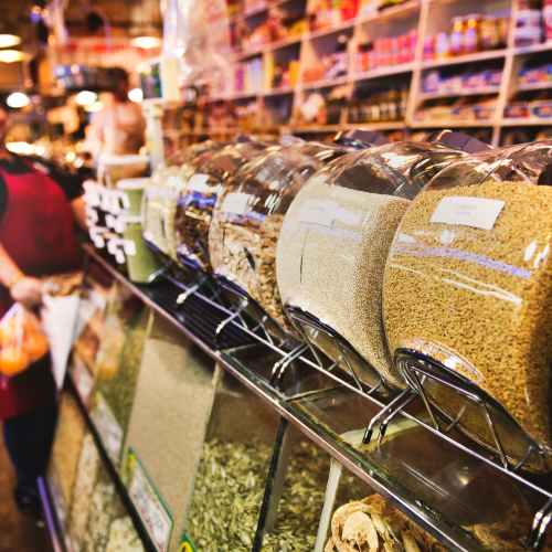 England to ban unhealthy food displays at supermarket checkouts