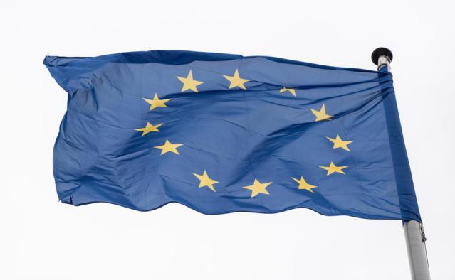 EU faces dangerous dilemma over financing battle