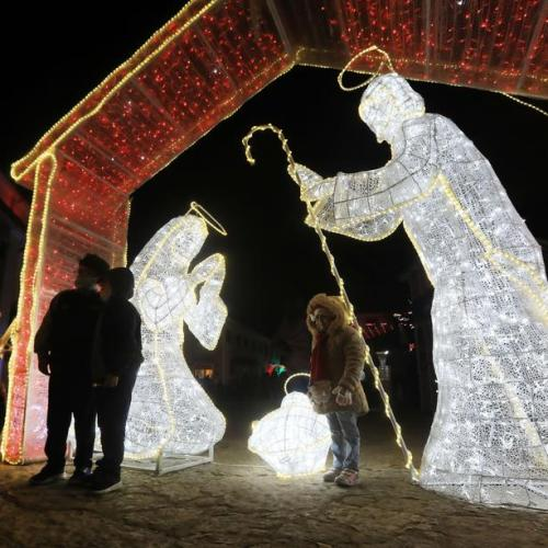 Photo Story: Bogota lights up for Christmas