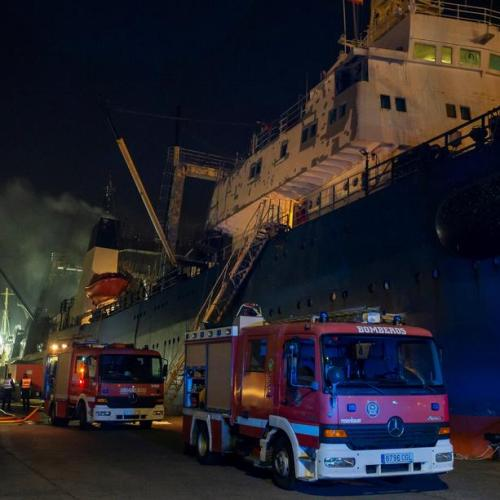 Three die as fire engulfs fishing trawler docked in Las Palmas