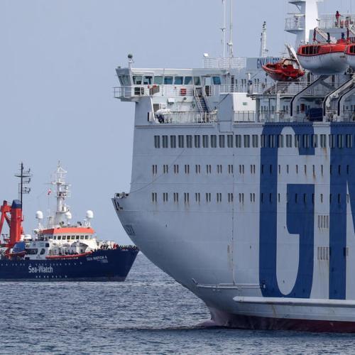 Italy pressed to abolish migrant quarantine ships