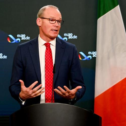 Ireland to replace British travel ban with stricter testing