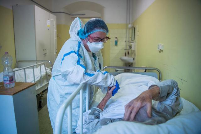Pandemic could be WHO's Chernobyl moment for reform – review panel