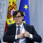 Spain's health minister to resign as COVID-19 cases hit new daily high