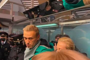 UPDATED: Lithuania calls for sanctions against Russia after Navalny's arrest