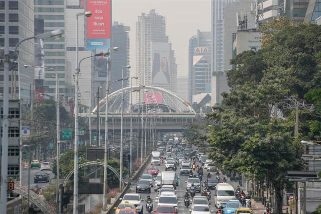 Photo Story: Bangkok's air quality remains at unhealthy levels partly due to cold weather and lack of wind