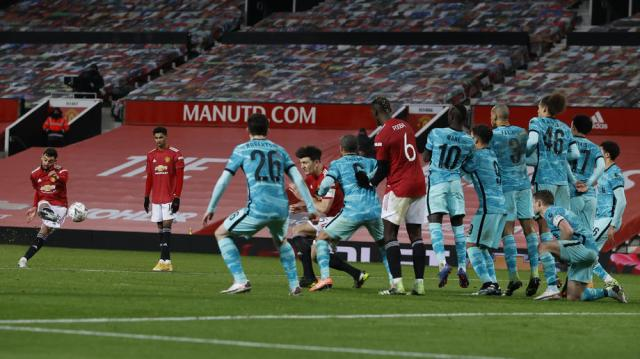 Fernandes free-kick earns Man United 3-2 FA Cup win over Liverpool