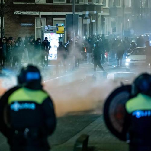 Ten Rotterdam police officers injured, 150 people arrested in coronavirus lockdown riots