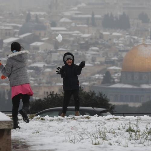 Photo Story: Jerusalem hit by snowstorm