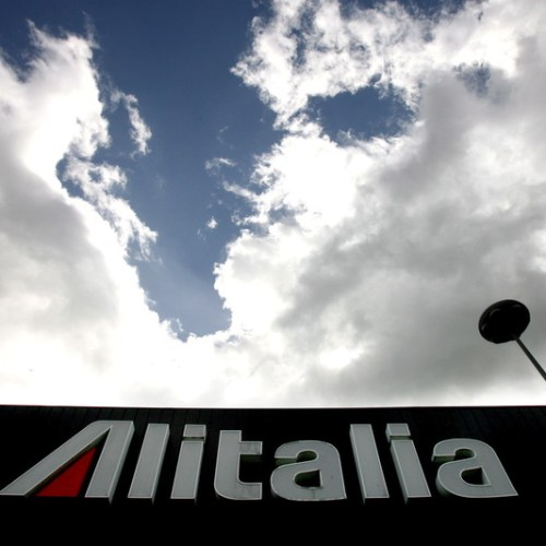 Relaunching in a crisis, Alitalia scales back at home