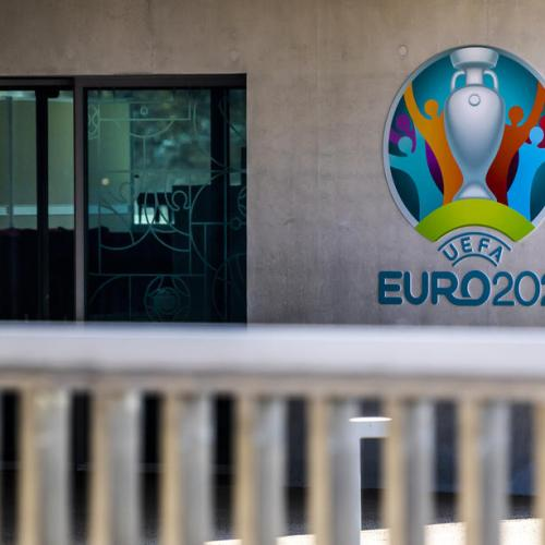Exclusive – Euro 2020 will happen this year and fans could travel, says UEFA's COVID-19 chief