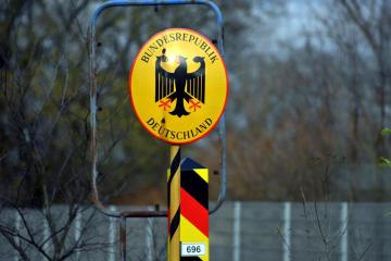 Germany to keep border open despite migrant influx from Belarus