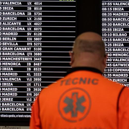 Spain betting on vaccine passports to revive summer tourism