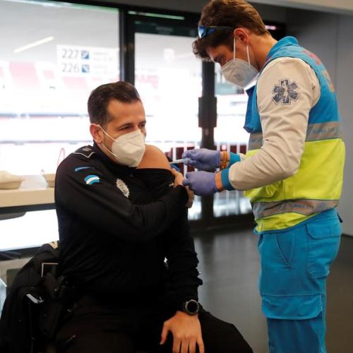 Just 2% in Spain refuse coronavirus vaccine